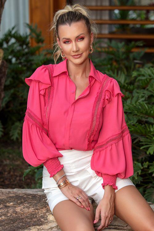 Camisa manga longa com babados e detalhes vazados Pink