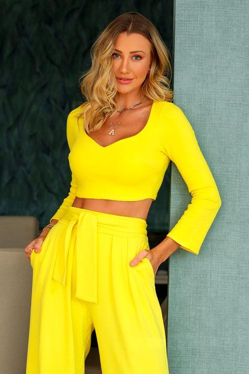 Blusa de malha decote princesa Amarelo
